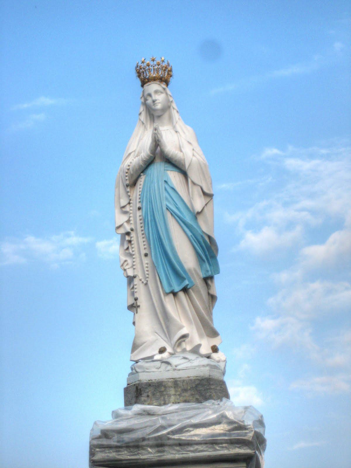Lourdes | Glory Tours